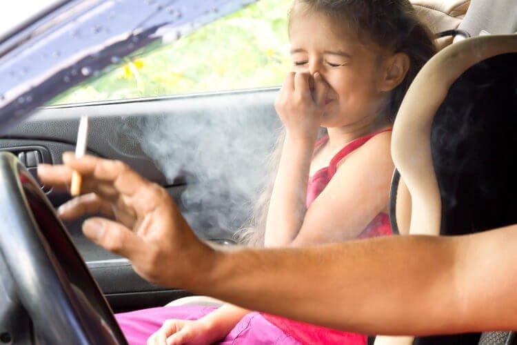 khói thuốc lá ảnh hưởng sức khỏe của trẻ